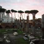 es dämmert am Forum Romanum