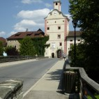 Brücke und Turm wie im Film