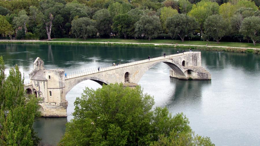 Die berühmte Brücke von Avignon