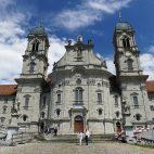 Sehens- und hörenswert – in der Klosterkirche von Einsiedeln stehen vier Orgeln.