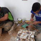 Die Herstellung von Mosaiken ist eine aufwändige Arbeit. In Fes besuchten wir diese Werkstatt…